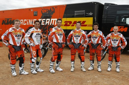 29646_ktm_factory_racing_team_1024